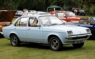 Vauxhall Chevette - Vauxhall Chevette 4-door saloon (pre-facelift, with recessed headlights)