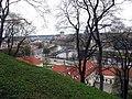 Vilnius, pohled na řeku.jpg