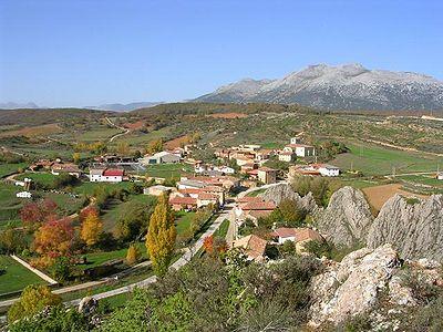 Vista general del pueblo de Colmenares