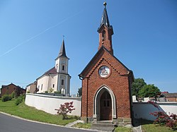 Vrchy, kaple a kostel.JPG