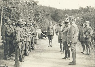 Luigi Cadorna - General Cadorna visiting Italian troops before the Second Battle of the Isonzo.