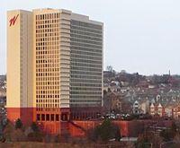 Washington Plaza, Pittsburgh.jpg