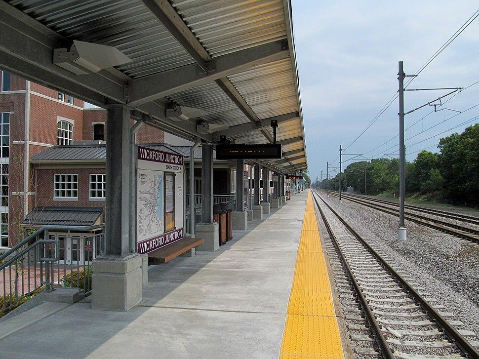Wickford Junction platform 1