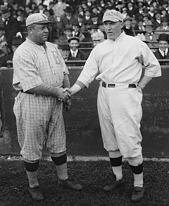 1916 World Series - Robins manager Wilbert Robinson with Red Sox manager Bill Carrigan