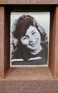 Dorit Schmiel German seamstress died at the Berlin wall