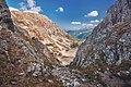 Wrota Chałubińskiego, widoak na Dolinkę za Mnichem.jpg