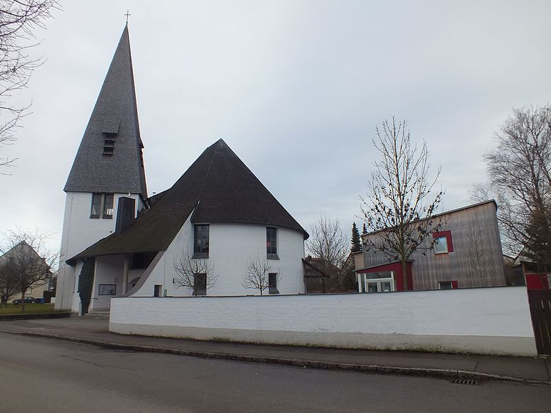 File:Wzwz dachau church 02c.jpg