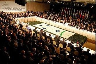 Mercosur Parliament - Image: XXX Cumbre del Mercosur Córdoba 21JUL06 presidenciagovar