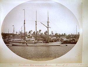 Sunbeam RYS (1874) - Sunbeam moored in Brisbane River c1887.  Note funnel is lowered.