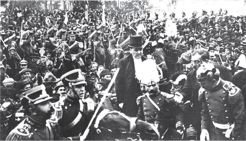 Yrigoyen en coche presidencial 1916