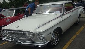 '62 Dodge Dart (Rassemblement Mopar Valleyfield '10).jpg