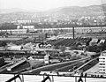 Árpád híd pesti hídfő, kilátás a SZOT (ma Nyugdíjfolyósító) irodaházából. Előtérben a Vizafogó városrész a Margitsziget és a budai oldal felé nézve. Fortepan 25739.jpg