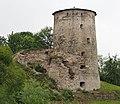Башня Гремячая на берегу реки Псковы.jpg