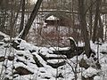 Руины плотин на западной протоке Кристательки после плотины-моста Оранжерейного пруда.jpg