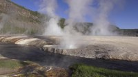 File:♥♥ Relaxing 3 Hour Video of Geyser at Yellowstone.webm