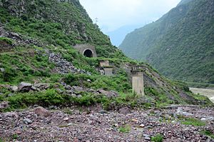 1981年成昆铁路列车坠桥事故