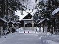 富良野神社・冬 - panoramio.jpg