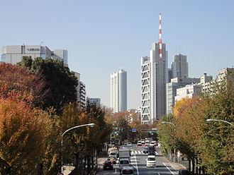 Ochanomizu - Image: 御茶ノ水外堀通り