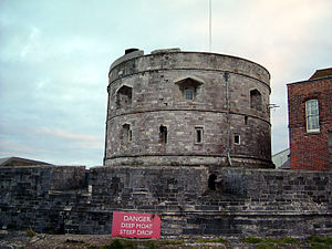 Southampton Water - Calshot Castle protects the mouth of Southampton Water.