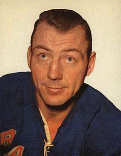 Andy Hebenton Canadian ice hockey player