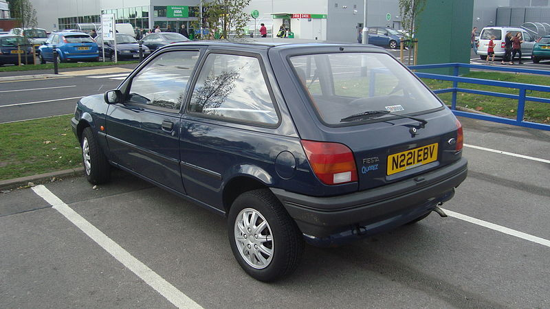 [Image: 800px-1995_Ford_Fiesta_1.1_Classic_Quart...717%29.jpg]
