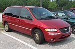1998-00 Chrysler Town And Country.jpg
