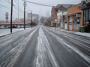 2005 29 Jan - Atlanta Ice Storm - Spring St. (...
