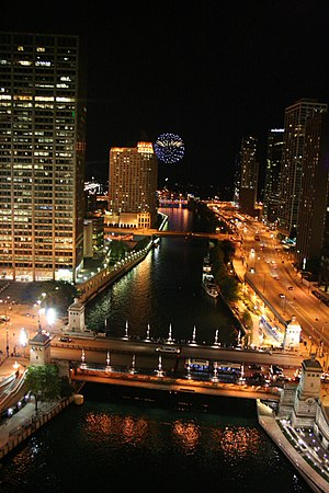 Wacker Drive - Image: 20090625 Fireworks from Sixteen at Trump Tower Chicago