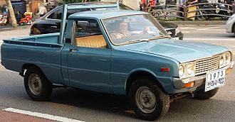 Mazda Familia - Kia Brisa B-1000 pickup