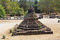 2016 Angkor, Angkor Wat, Stupa.jpg