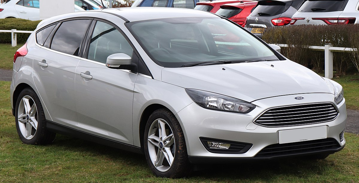 4 Door Coupe Vs Sedan >> Ford Focus - Wikipedia