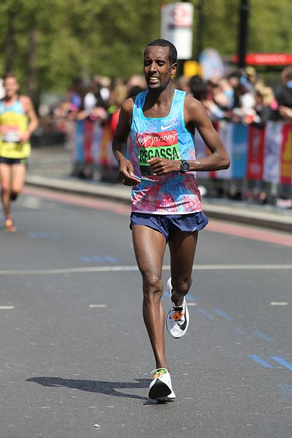 2017 London Marathon - Tilahun Regassa (2).jpg