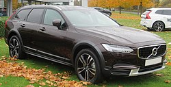 2017 Volvo V90 CRoss Country D5 PP Automatic 2.0 Front.jpg