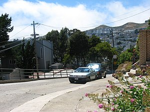 22nd Street (San Francisco) - The switchback at 22nd Street and Collingwood. The steps to Diamond and 22nd are ahead in the Noe Valley area.