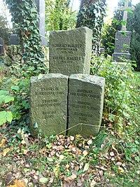 30-13-16-Grab-Konrad-Maurer-Alter-Suedl-Friedhof-Muenchen.jpg