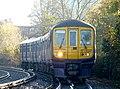 319369 Sevenoaks to St Albans 2E71 (15552457208).jpg