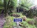 445 Huelgoat la grotte d'Artus.jpg