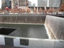 Fichier:911 Memorial - NYC.ogv