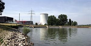 Biblis Nuclear Power Plant - Image: AKW Biblis 04