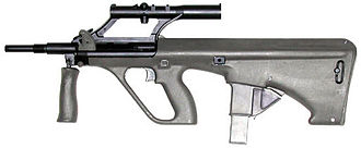 Steyr AUG - A left-side view of the Steyr AUG Para.