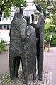 Aachen Skulptur-vor-der-Hochschulbibliothek.jpg