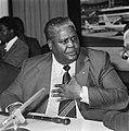 Aankomst leider Rhodesisch Patriottisch Front , Joshua Nkomo (kop), Bestanddeelnr 929-6775.jpg