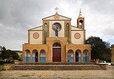 Adigrat, cattedrale del Salvatore, esterno 03.jpg