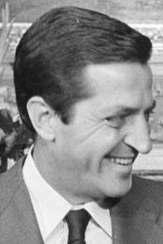 Spanish general election, 1977 - Image: Adolfo Suárez 1977b (cropped)