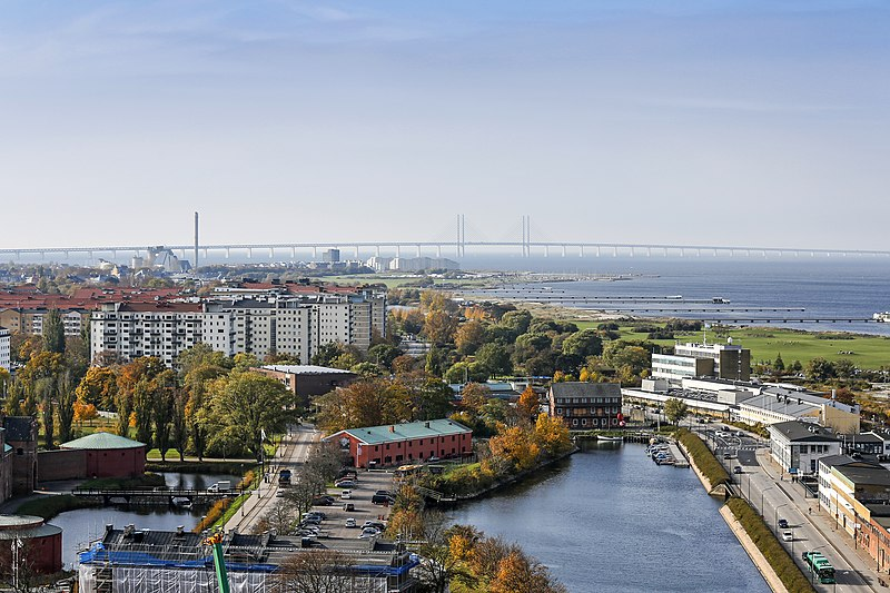 File:Aerial view of Malmö towards south taken from Malmö Live 20131023.jpg