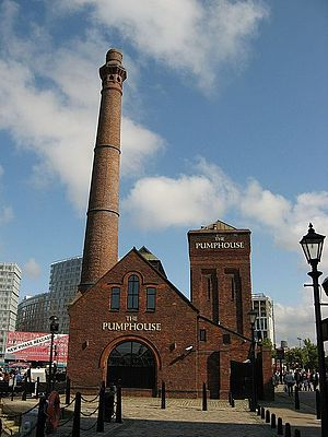 Grade II listed buildings in Liverpool-L3 - Pumphouse public house, former hydraulic pumping station Albert Dock