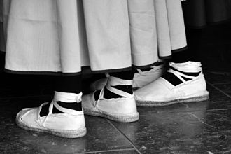 Espadrille - Typical clothing with espadrilles in the Andes