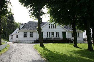 Laksevåg - Image: Alvøen.2