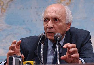 Rubens Ricupero - Image: Ambassador Rubens Ricúpero