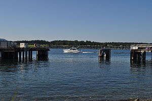 Anacortes - boat on Guemes Channel 03.jpg